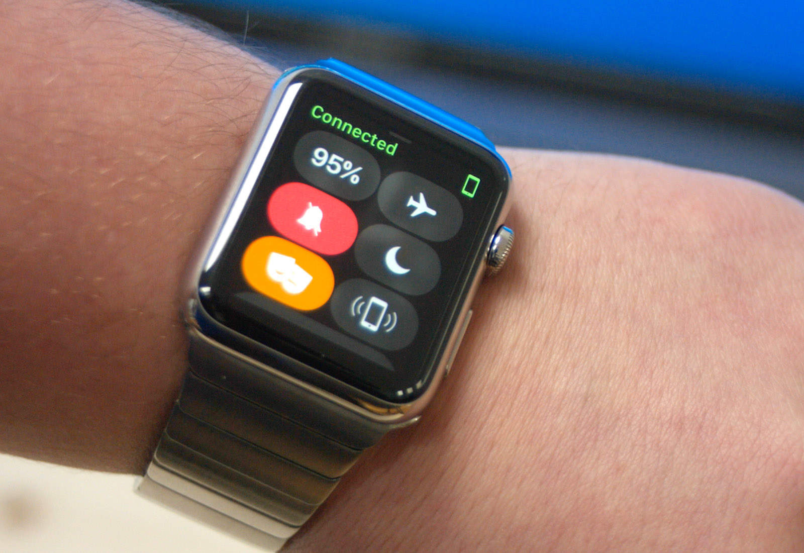 WatchOS 3.2 Released with Threater Mode