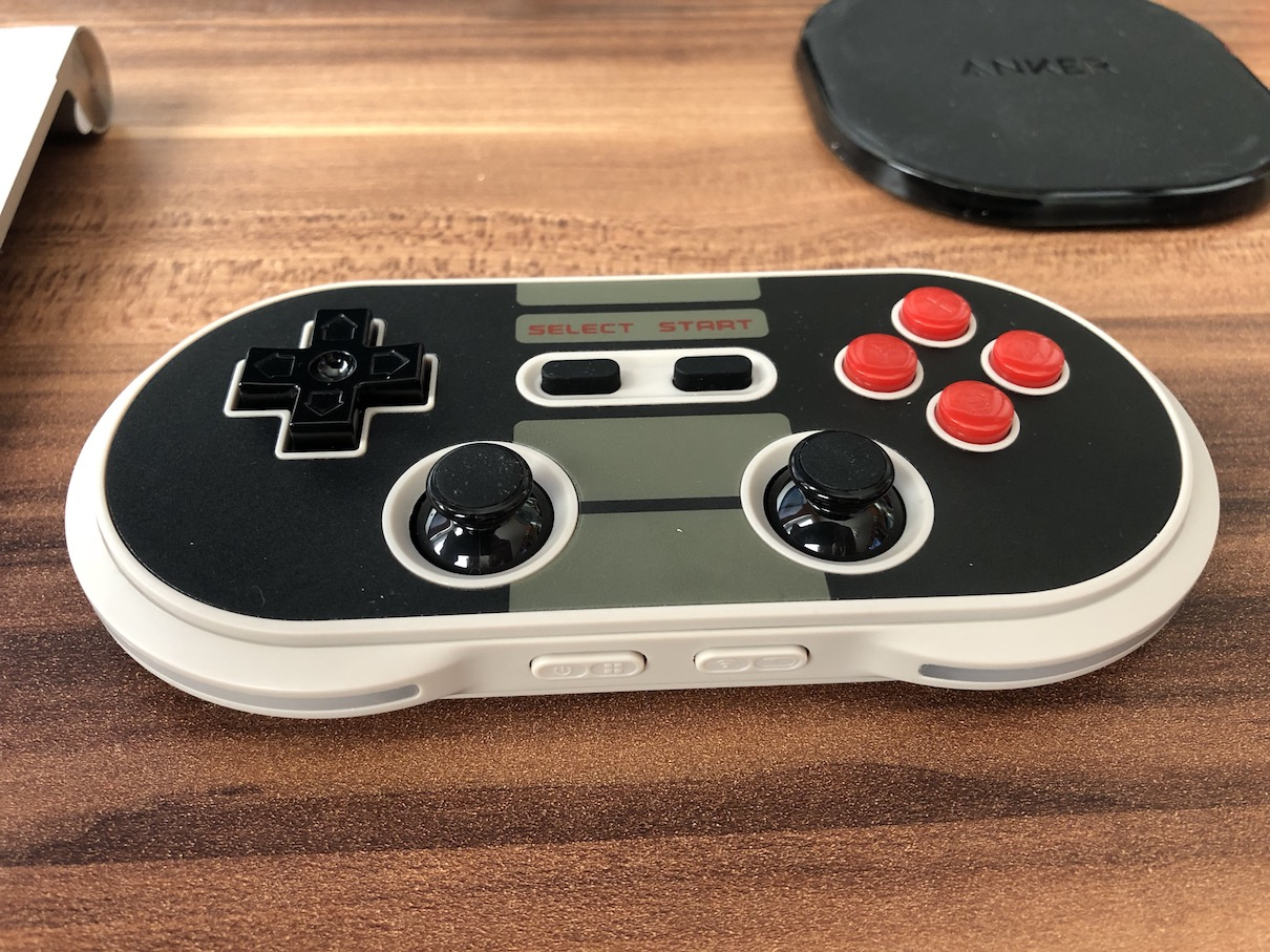 8BitDo N30 Pro Button Power and Connection Button Layout