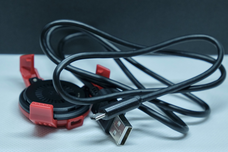 G-Shock Rangeman GPR-B1000-1ER : Charging Cradle and Cable